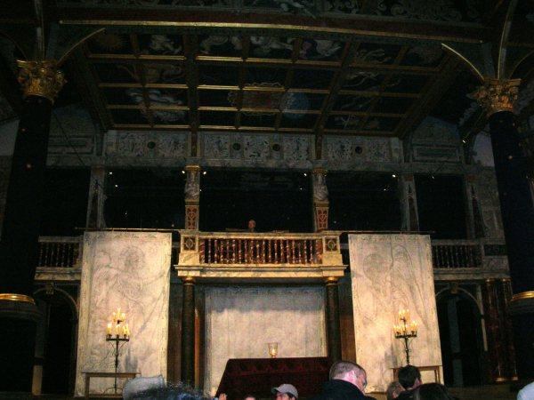 To Do in London - Globe Theatre