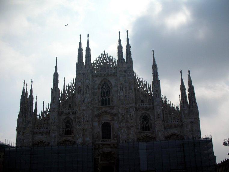 Duomo Cathedral Milan, Italy   Running Blonde