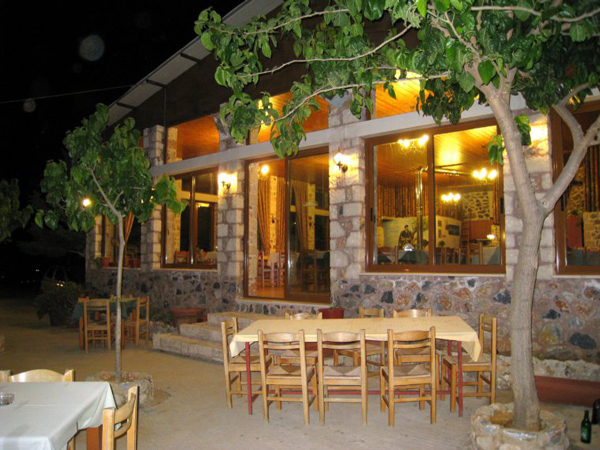Exploring Crete, Greece - Taverna Fantastico