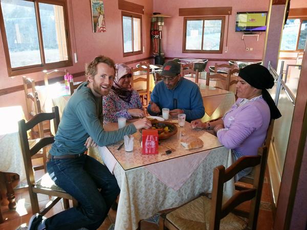 Morocco Honeymoon :: Roadside cafe stop