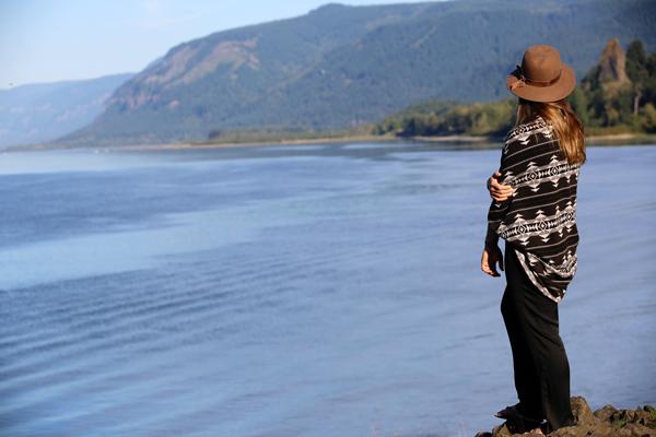 Colombia River + Multnomah Falls Oregon