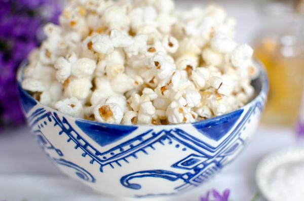 Healthier Super Bowl Recipes - Sea Salt and honey popcorn