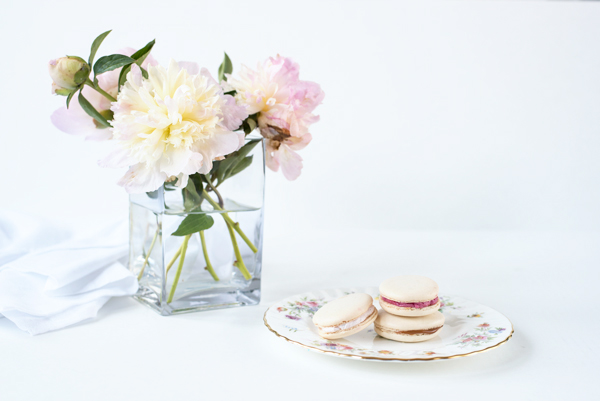 French Macaron Recipe with Strawberry Buttercream Filling