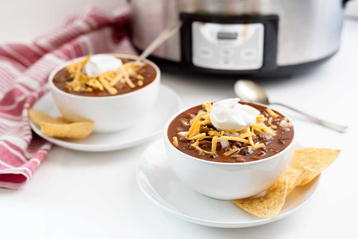The absolute BEST vegetarian slowcooker chili recipe. You seriously haven't lived until you've tried this!